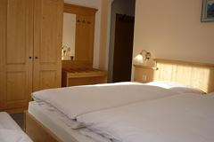 double room with shower or bath tube, WC