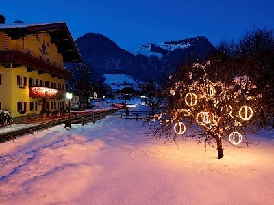 Walchsee - the town has festive glow in wintertime